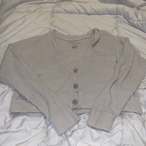 American Eagle crop waffle button down top small